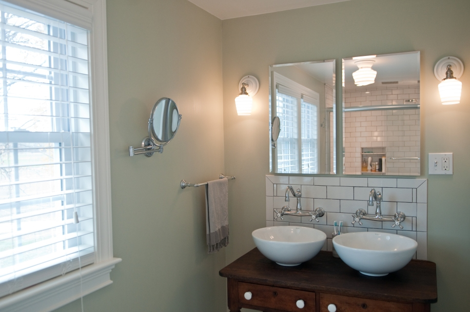 His and hers sinks and built in medicine cabinets